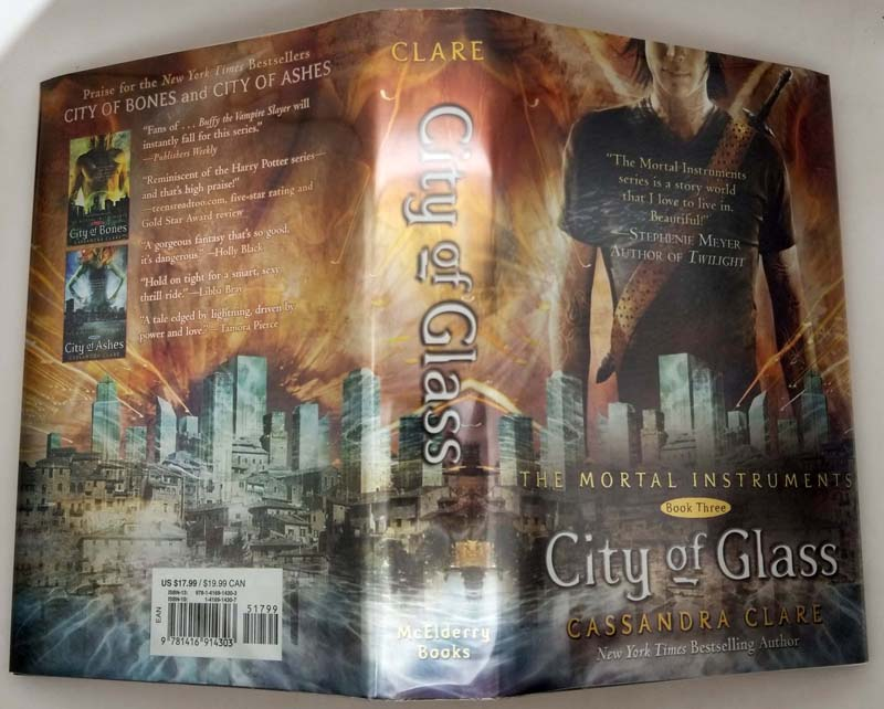 City of Glass - Cassandra Clare 2009   1st Edition