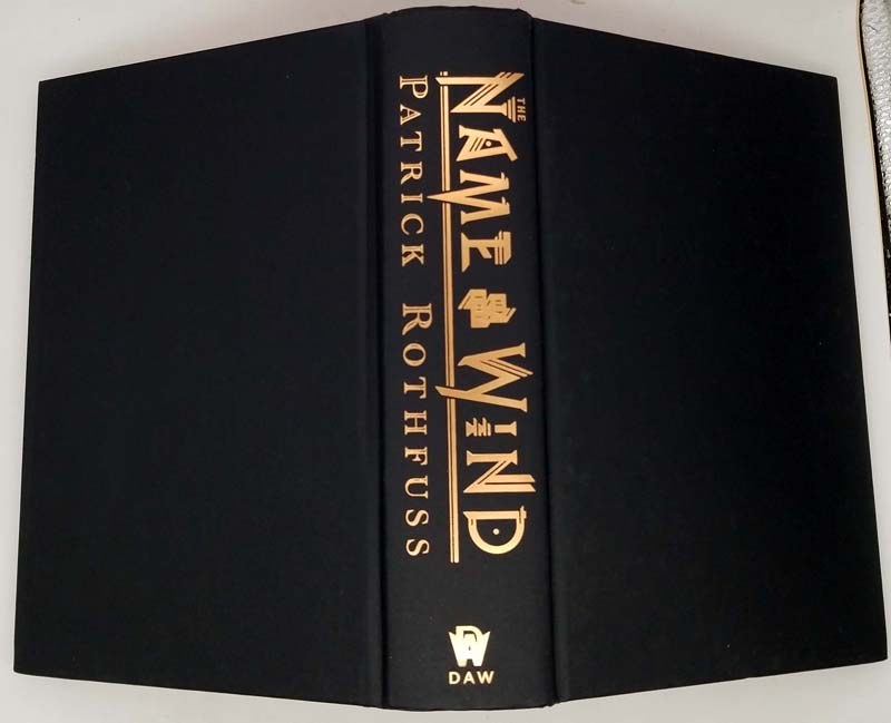 The Name of the Wind - Patrick Rothfuss 2017   1st Deluxe Edition