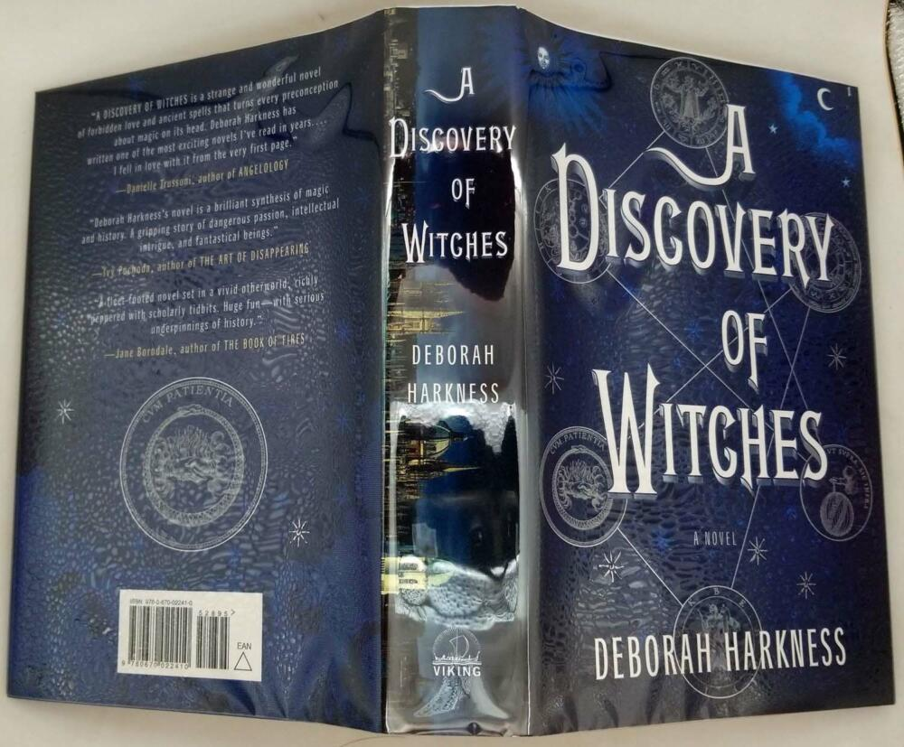 A Discovery of Witches - Deborah Harkness 2011   SIGNED