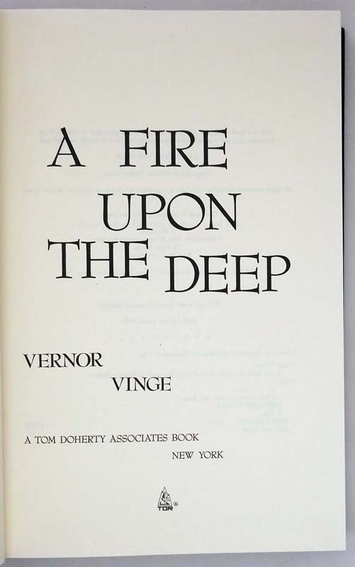 A Fire Upon The Deep - Vernor Vinge 1992   1st Edition