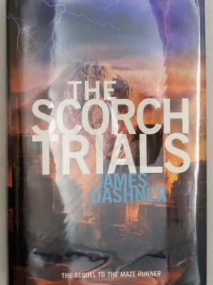The Scorch Trials (Maze Runner 2) - James Dashner 2010 | 1st Edition