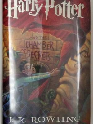 Harry Potter and the Chamber of Secrets - J.K. Rowling 1999   1st Edition