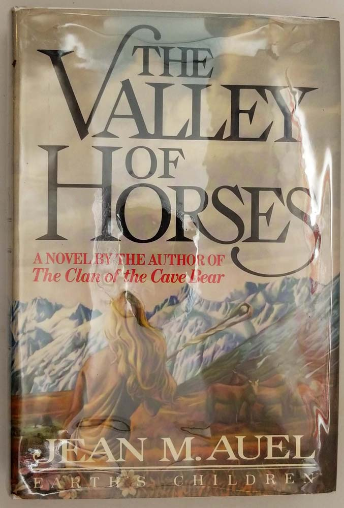 The Valley of Horses - Jean M. Auel 1982   1st Edition